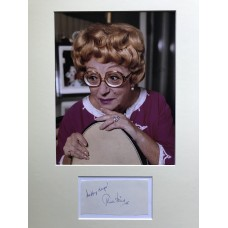 Thora Hird Autograph - Signed 16x12 Mount - Handsigned - AFTAL