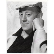 Alec Guinness Autograph - Ealing Comedy - Signed 10x8 Photo - Hand Signed - AFTAL