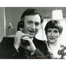 Diana Hoddinott Autograph - Yes Minister - Signed 10x8 Photo 2 - Genuine - AFTAL